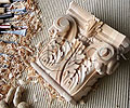 деревянные интерьеры, кабинеты и гардеробные, потолки и лестницы, карнизы и наличники. Библиотеки, камины, бильярдные, резьба по дереву.