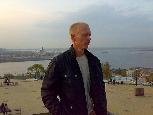 Леонид Хазов