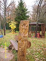 скульптура из бревна